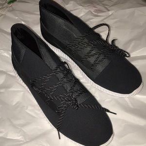 BNWOT Under Armour Men's Shoes